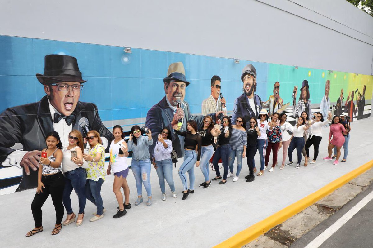Alcalde Abel Martínez manifiesta su profundo dolor por muerte de Johnny Ventura