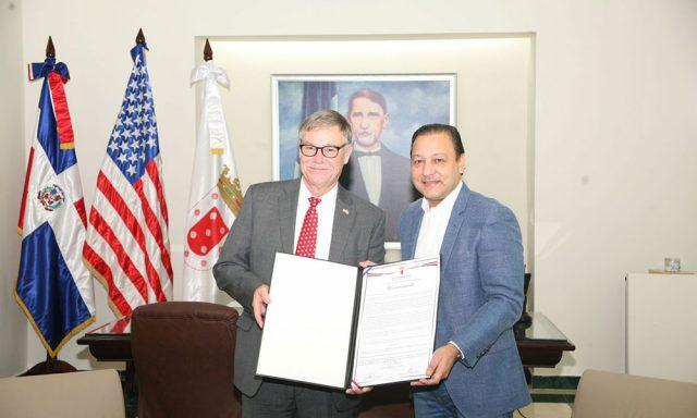Abel Martínez recibe al alcalde de Fort Myers